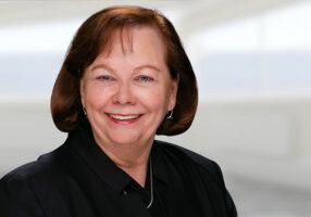 <strong>Regina Levison</strong><br> Advisor